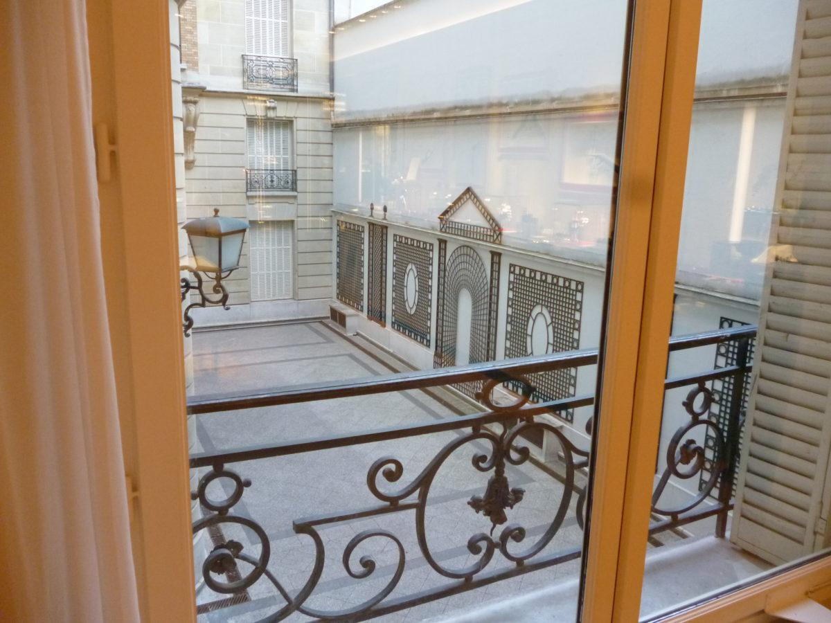 La Maison Guerlain vnitroblok